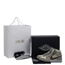 حذاء رياضي ديور × جوردان مرتفع من أعلى آير جوردان 1 مرتفع من أعلى جلد أبيض/ رمادي مقاس 42.5