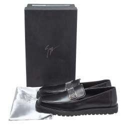 Giuseppe Zanotti Black Leather Crystal Embellished Slip On Loafers Size 42