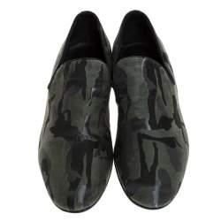 حذاء سليبرز جيمي تشو سلوان سموكينغ قماش مموه كوموفلاج أسود / أخضر مقاس 43