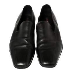 حذاء لوفرز برادا سليب أون جلد أسود مقاس 44
