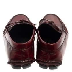 حذاء لوفرز برادا سليب أون مزين فيونكة جلد لونين مقاس 44.5