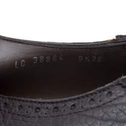حذاء أوكسفورد سالفاتوري فيراغامو مزين بوينغتيب و بشراشيب غينسيس جلد بروغي أسود مقاس 43.5