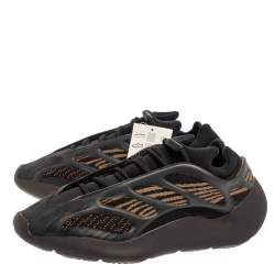 Yeezy x adidas Brown Polyurethane And Mesh 700 V3 CLABRO Sneakers Size 44 2/3