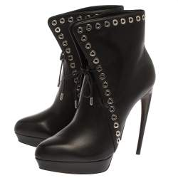 Alexander McQueen Black Leather Eyelet Trim Curve Heel Ankle Boots Size 40.5
