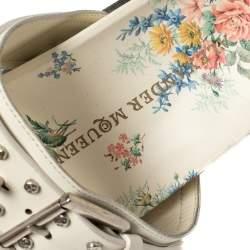 Alexander McQueen White Leather Studded Platform Flat Sandals Size 41