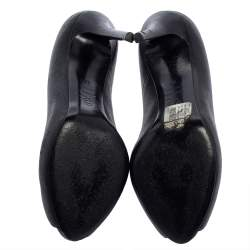 Alexander McQueen Black Leather Skull Embellished Peep Toe Pumps Size 37
