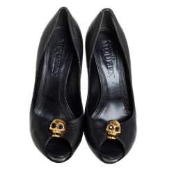Alexander McQueen Black Leather Crystal Embellished Skull Detail Peep Toe Platform Pumps Size 40
