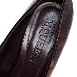 Alexander McQueen Brown Crocodile Embossed Leather Peep Toe Pumps Size 40