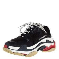حذاء رياضي بالنسياغا نعل سميك تريبل أس شبك وجلد أبيض/ أسود مقاس 35