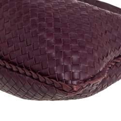 حقيبة هوبو بوتيغا فينيتا كبيرة جلد إنترشييتو عنابية داكنة