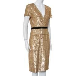 فستان بربري فينتدج رقبة حرف ڨي ترتر ذهبي مقاس صغير (سمول)