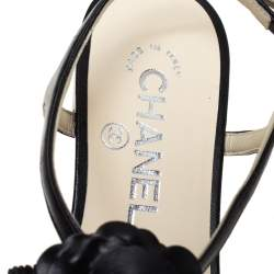 Chanel Black Leather Camellia Flat Thong Sandals Size 35