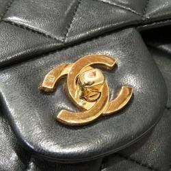 حقيبة شانيل فينتدج كلاسيك جلد كافيار اسود مبطن بقلاب مزدوج