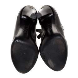 حذاء بوت كاحل شانيل كعب سى سى مقدمة مفتوحة جلد أسود مقاس 35.5