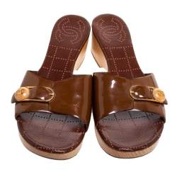 Chanel Brown Patent Leather CC Buckle Detail Wooden Clog Slides Size 40