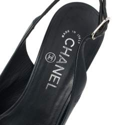 Chanel Navy Blue Leather Chain Link Slingback Sandals Size 39