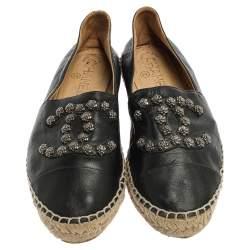 حذاء إسبادريل شانيل كاميليا سي سي جلد أسود مقاس 38
