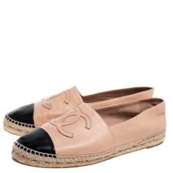 Chanel Beige/Black Leather CC Cap Toe Espadrille Flats Size 42
