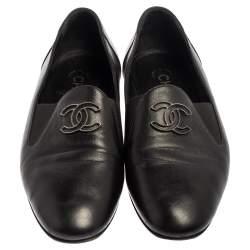 حذاء لوفرز شانيل سليب أون سى سى جلد أسود مقاس 35.5