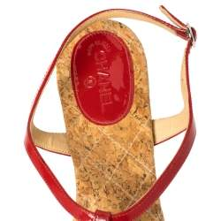Chanel Red Patent Leather CC T-Strap Thong Flat Sandals Size 41
