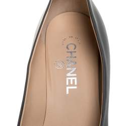 Chanel Grey/Black Patent And Leather Cap Toe Block Heel Pumps Size 37.5