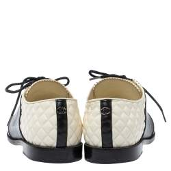 Chanel White/Black Quilted Leather Lace Up Sneakers Size 38