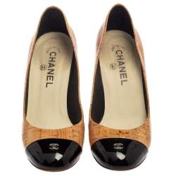 Chanel Beige Coated Cork And Black Patent Leather CC Cap Toe Pumps Size 37.5