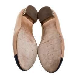 حذاء فلات باليه شانيل غطاء مقدمة سى سى كعب مزخرف جلد أسود مقاس 39.5