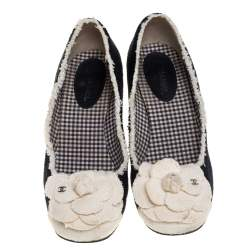 Chanel Black/White Tweed Escarpins Camellia CC Pumps Size 37