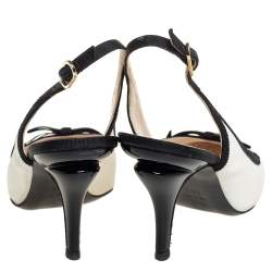 Chanel Black/White Leather And Canvas Slingback Sandals Size 38.5