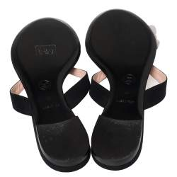 Chanel Black Leather Camellia Thong Flat Sandals Size 41