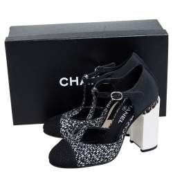 Chanel Black Tweed and Fabric Cap Toe T-Strap Sandals Size 39