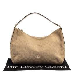 """حقيبة هوبو كوتش """"إيست ويست سيليست"""" جلد و كانفاس مطبوع شعار الماركة بيج"""