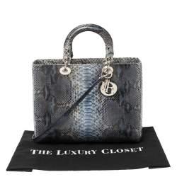 حقيبة يد ديور ليدي ديور كبيرة جلد ثعبان أزرق
