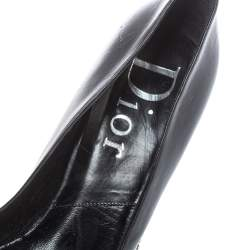 Dior Black Leather Star Chain Pointed Toe Pumps Size 40