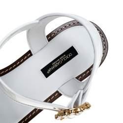 Dolce & Gabbana White Patent Leather And Raffia Pom Pom Crystal Embellished Flat Sandals Size 40