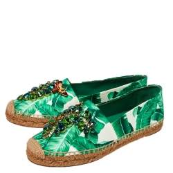 Dolce & Gabbana White/Green Leaf Print Satin Embellished Flat Espadrilles Size 38