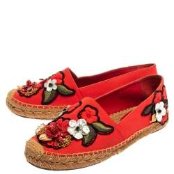 Dolce and Gabbana Red Canvas Locket Flower and Jewel Embroidered Espadrille Flats Size 38