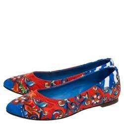 حذاء باليرينا فلات دولتشي أند غابانا قماش متعدد الألوان مطبوع مقاس 36