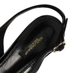صندل دولتشي أند غابانا جلد أسود مزخرف كريستال بحزام للكاحل مقدمة مدببة مقاس 37.5