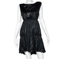 فستان ميدي فندي أسود مقوى بوسط مطاطي بلا أكمام مقاس متوسط - ميديوم