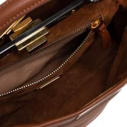 حقيبة فندي بيكابو يد علوية جلد بني