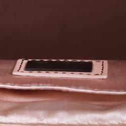 حقيبة فندي بي باغ إصدار محدود جلد/ دانتيل أسود وردي