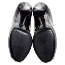 حذاء كعب عالي فندي نعل سميك مقدمة مفتوحة حافة جلد ذهبى وجلد لامع أسود مقاس 36