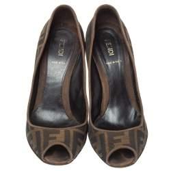 حذاء كعب عالي فندي كانفاس بني زوكا مقدمة مفتوحة مقاس 38.5