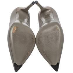 حذاء كعب عالي فندي مقدمة مدببة جلد رصاصي مقاس 38.5