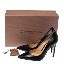 Gianvito Rossi Black Leather Pointed Toe Pumps Size 36