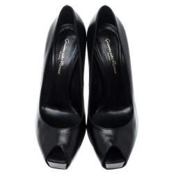 Gianvito Rossi Black Leather Peep Toe Platform Pumps Size 37.5