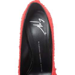 حذاء كعب عالى جوسيبى زانوتى نعل سميك ومقدمة مفتوحة حرير مكشكش أحمر مقاس 37.5