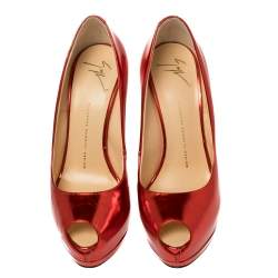 حذاء كعب عالي جوسيبي زانوتي شارون مقدمة مفتوحة و نعل سميك جلد مرآة أحمر مقاس 39